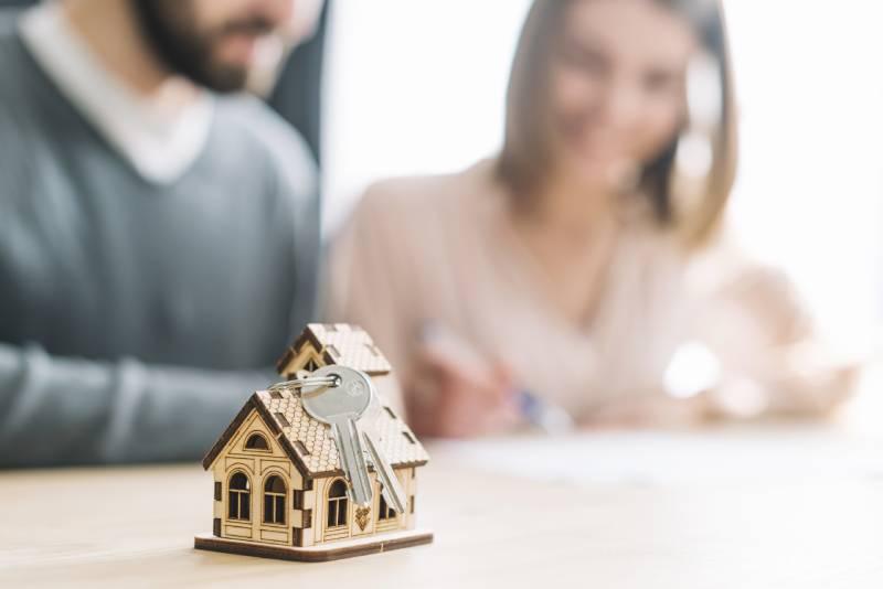 jak sprzedać mieszkanie z lokatorem